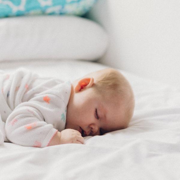 Wie schläft mein Baby durch